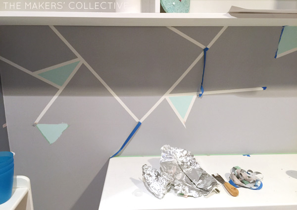 geometric-feature-wall-peel
