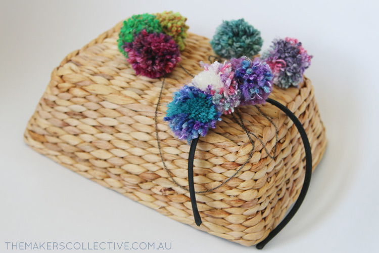 How to make Pompoms